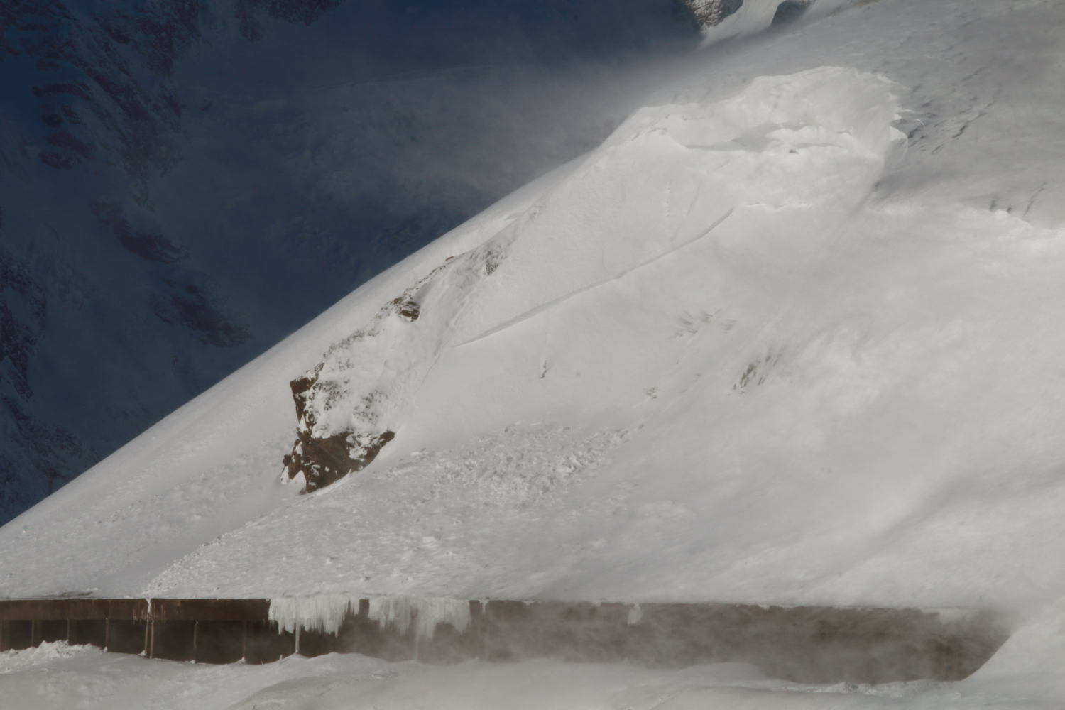 Avalanche Oisans - Photo 1