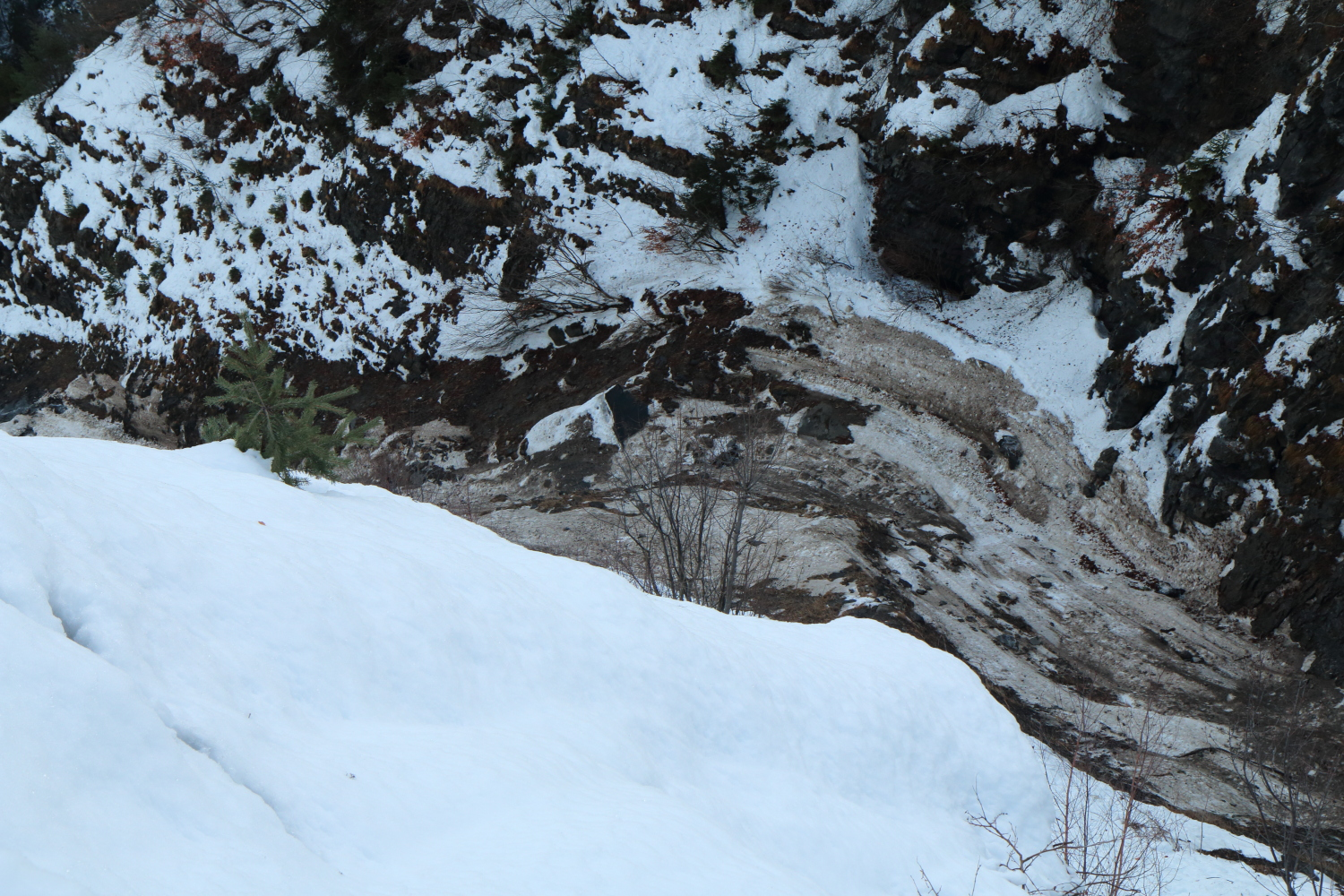 Avalanche Maurienne, secteur Mont Charvin - Mont Charvin, Tunnel des 4 Jarriens - Photo 1
